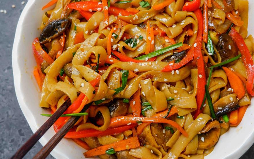 Stir-Fried Curry Noodles